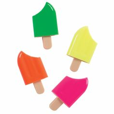 """Fun ice pop shaped highlighters make class """"cool""""! Get kids excited about highlighting and organizing their notes with the Ice Pop Scented Highlighter. Stationary Supplies, Cute Stationary, Art Supplies, Office Supplies, Green Watermelon, Kids Stationery, Cute Pens, Birthday List, 10th Birthday"""