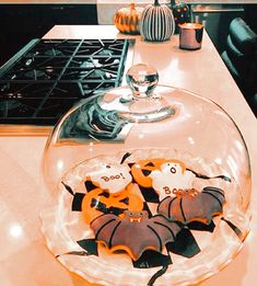 Halloween Home Decor, Halloween Movies, Halloween 2020, Halloween House, Halloween Cosplay, Halloween Themes, Fall Halloween, Happy Halloween, Halloween Decorations