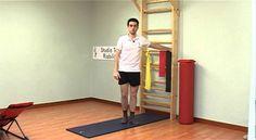 Il dolore al ginocchio, o gonalgia, è un disturbo che può verificarsi sia nel giovane che nell'anziano, e può essere la conseguenza di vari fattori: traumi, patologie, infiammazioni, età.