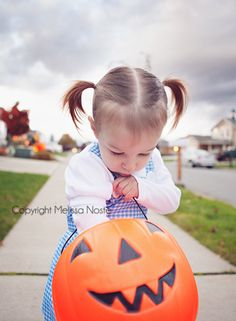 8 Tips for Photographing Halloween | Click it Up a Notch
