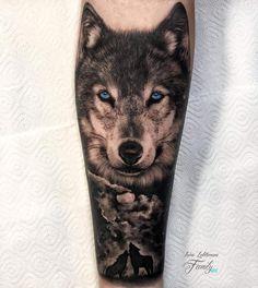 Lion Tattoo Sleeves, Wolf Tattoo Sleeve, Forearm Sleeve Tattoos, Best Sleeve Tattoos, Head Tattoos, Tattoo Sleeve Designs, Body Art Tattoos, Tattoo Ink, Wolf Tattoo Forearm