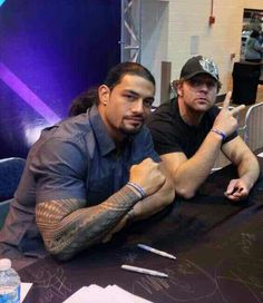 Roman Reigns and Dean Ambrose #TheShield #WWE