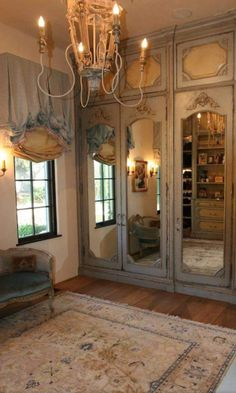 53 Elegant Closet Design Ideas For Your Home. Unique closet design ideas will definitely help you utilize your closet space appropriately. An ideal closet design is probably the only avenue . French Country Rug, French Country Bedrooms, French Cottage, French Decor, French Country Decorating, Country Bathrooms, French Style, Country Kitchen, French Country Bathroom Ideas