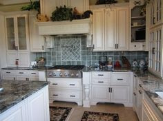 Kitchen - Custom - traditional - kitchen cabinets - other metro - 1st Choice Cabinetry/ Professional Builders