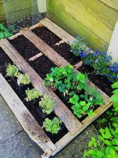 If you are looking for Diy Projects Pallet Garden Design Ideas, You come to the right place. Below are the Diy Projects Pallet Garden Design Ideas. Diy Furniture Making, Diy Furniture Projects, Garden Projects, House Furniture, Furniture Cleaning, Modular Furniture, Furniture Showroom, Urban Furniture, Furniture Removal