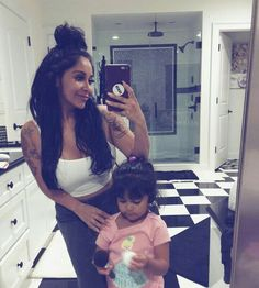 Nicole Polizzi, Nicole Snooki, High Society, Programming, Push Up, Famous People, Black And White, Style, Swag