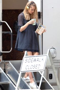 Suki Waterhouse heads to the set of Insurgent in Atlanta, Ga., on Tuesday afternoon (June 17)