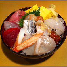 海鮮丼 Seafood rice bowl