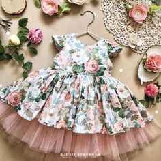 Cotton dress of white flower print with tulle birthday girl outfit, girls easter dress, summer dress, newborn outfit - Kids frock Girls Easter Dresses, Little Dresses, Little Girl Dresses, Girls Dresses, Flower Girl Dresses, Baby Dresses, Dress Girl, Kids Frocks Design, Baby Frocks Designs