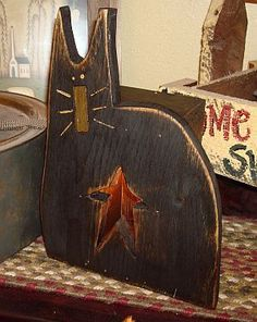 Primitive Halloween Decor, Halloween Wood Crafts, Primitive Fall, Cat Crafts, Primitive Christmas, Country Primitive, Fall Halloween, Cowboy Christmas, Primitive Kitchen
