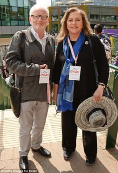 Actors Ian McDiarmid and Kathleen Turner at Wimbledon Royal Shakespeare Company, Shakespeare Plays, Kathleen Turner, Scottish Actors, London Today, Andy Murray, Star Wars Film, Play Tennis, West London