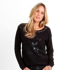 Compre Moletom Ellus Mickey Bordado Preto na Zattini a nova loja de moda online da Netshoes. Encontre Sapatos, Sandálias, Bolsas e Acessórios. Clique e Confira!