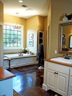 Craftsman Kitchen White Design, Pictures, Remodel, Decor and Ideas - page 13 Bathroom