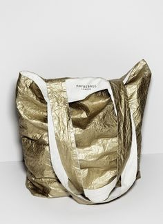 gold tote...