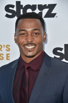 RonReaco Lee Photos - Actor RonReaco Lee arrives at the Premiere Of Starz 'Survivor's Remorse' at Wallis Annenberg Center for the Performing Arts on September 2014 in Beverly Hills, California. - 'Survivor's Remorse' Premieres in Beverly Hills Survivor's Remorse, Photo L, In Hollywood, Beverly Hills, Pop Culture, Hot Guys, Beautiful People, Eye Candy, Tv Shows