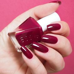 swatch essie gala-vanting • Gel Couture Collection. Nate likee.