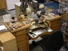 jewelers bench 2 600x457 The Importance Of A Jewelers Bench