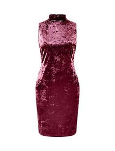 Not one for Halloween costumes? Channel vampish glam instead in our Purple Velvet Turtle Neck Bodycon Dress. #newlook #fashion