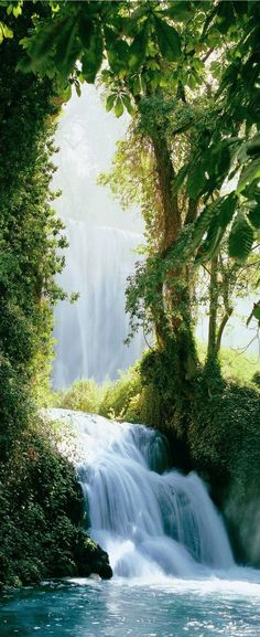 Zaragoza Falls, Waterfall in the Pyrenees