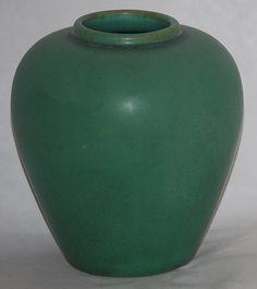 """Teco Pottery - Vase. Matte Green Glaze. Chicago, Illinois. Circa 1900. 5"""" x 4-1/2""""."""