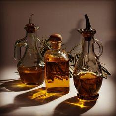 Aceite de oliva, el envase importa. Olive oil, container matter.