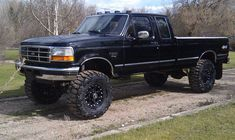 Ford truck, want! Click the link below! Ford Pickup Trucks, Ford 4x4, 4x4 Trucks, Lifted Trucks, Cool Trucks, Lifted Ford, Ford Bronco, Custom Trucks, Ford Diesel