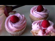 ▶ Cupcakes de baunilha e mel com cobertura de framboesa - YouTube