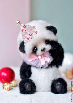 I love panda Cute Panda Baby, Baby Panda Bears, Baby Animals Super Cute, Cute Baby Dogs, Cute Little Puppies, Cute Stuffed Animals, Cute Dogs And Puppies, Cute Little Animals, Cute Funny Animals