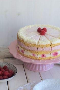 Himbeer-Joghurt Torte mit weißer Schokolade – 2. Blog-Geburtstag