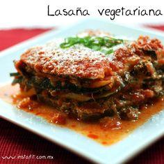 Lasaña vegetariana y baja en carbohidratos, perfecta para consentir a tu familia en las lluvias de verano.