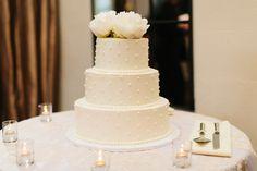 Alden Castle Wedding. Wedding Cake. Candles. A LONGWOOD Venue.  Nicole Baas Photography http://nicolebaasphotography.com/alden-castle-wedding-megan-and-michael/