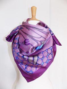 81 meilleures images du tableau carre soie   Hermes scarves, Silk ... f85ff63e147