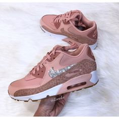 Nike Air Max 90 Coral stardust/rust pink/white Made With Swarovski... ($155) ❤ liked on Polyvore featuring shoes, silver, sneakers & athletic shoes, women's shoes, pink white shoes, pink shoes, coral pink shoes, white colour shoes and convertible shoes All Nike Shoes, Nike Shoes Air Force, Hype Shoes, Nike Air Max, Women's Shoes, Nike Fashion, Look Fashion, Sneakers Fashion, Sneakers Mode