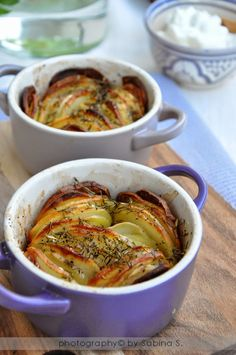 http://duebiondeincucina.blogspot.it/2014/07/patate-arroste-in-cocotte.html
