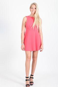 @comptoirdesparisiennes #paris #fashion #mode #show #look #summer #dress #robe #rose #louisebuffet #model #mannequin #shoes #black #shooting #photo #spring #été #blog #fashionblog #blogmode