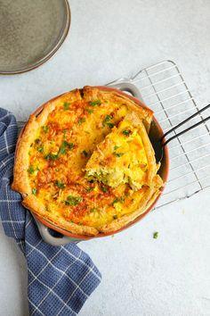 Hartige taart kip kerrie | In 20 min. in de oven! - Lekker en Simpel