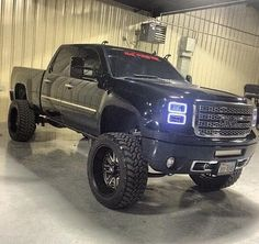 Lifted Black GMC Sierra Truck i want this in my front yard when i get up in the morning Lifted Chevy Trucks, Gm Trucks, Diesel Trucks, Cool Trucks, Pickup Trucks, Lifted Cummins, Lifted Ford, Gmc Denali, Denali Truck
