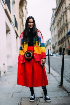 'Gen-Z Yellow' Was a Street Style Hit at Paris Fashion Week - Fashionista Street Style Trends, Autumn Street Style, Casual Street Style, Street Style Looks, Street Style Women, Fashion Week, Paris Fashion, Fashion Trends, Trendy Fashion
