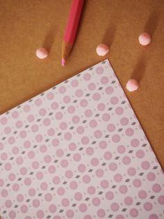 Carte postale : Pink 70's  copyright Princesse aux bidouilles  Etsy