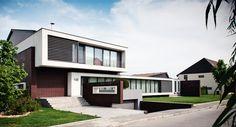 Street view Villa, Home Fashion, Portal, Garage Doors, Street View, Mansions, House Styles, Outdoor Decor, Home Decor