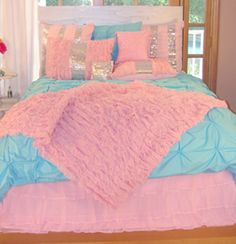 Trendy bedroom ideas for teen girls chic comforter Ideas Teal Bedding Sets, Girls Comforter Sets, Teen Bedding, Teal Comforter, Dream Bedroom, Girls Bedroom, Bedrooms, Blue Bedroom, Bed Sets