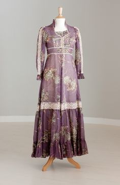 Gunne Sax - love these old dresses, wish they were still making them.  The one good thing from the 70's