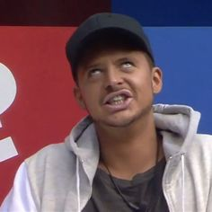 #BBRyan getting a some electric shock therapy in the #BBUK house