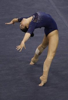 my favorite floor routine of. all. time.