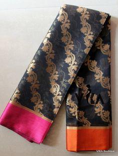 Silk cotton saree comes with rich pallu and blouse Kora Silk Sarees, Silk Cotton Sarees, Sari Dress, Saree Blouse, Beautiful Saree, Saree Collection, Saree 2017, Alexander Mcqueen Scarf, Indian