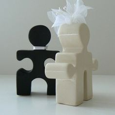 I love this!! Wouldn't use it on my cake or anything, but very clever
