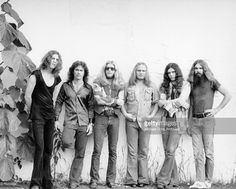 Lynyrd Skynyrd (L-R Allen Collins, Billy Powell, Leon Wilkeson, Ronnie Van Vandt, Gary Rossington and Artimus Pyle pose for a portrait circa 1975.