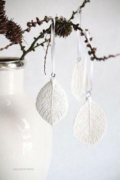 DIY leaf printed clay ornaments Mehr