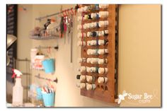 This is awesome! -----> from Sugar Bee Crafts: Craft Paint Wall Organizer