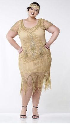 Flapper costume: how to dress like a flapper girl flapper style fringe Plus Size Flapper Dress, Fringe Flapper Dress, Flapper Dresses, 1920s Dress, Evening Dresses, 1920s Flapper Costume, Flapper Style, 1920s Style, Gatsby Style